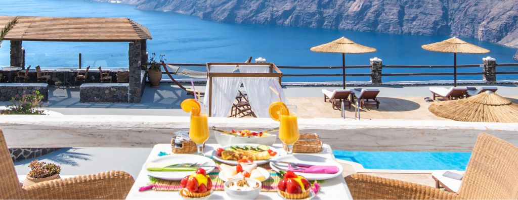 Enjoy breakfast in an idyllic environment